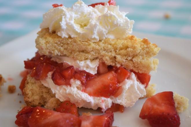 Fit Mama Strawbery Shortcake